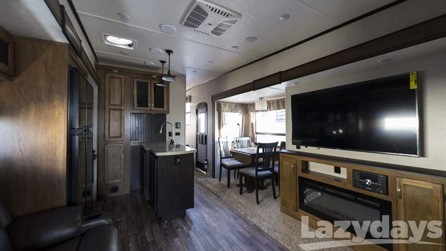 2018 Coachmen Chaparral 373MBRM
