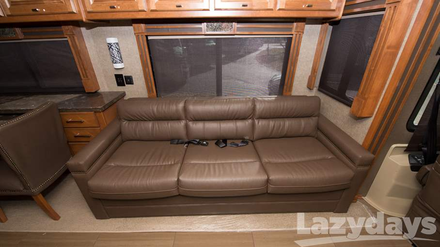 2018 Tiffin Motorhomes Allegro RED 38QBA