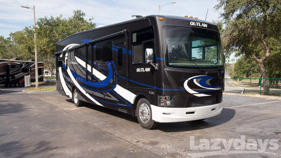 2018 Thor Motor Coach Outlaw