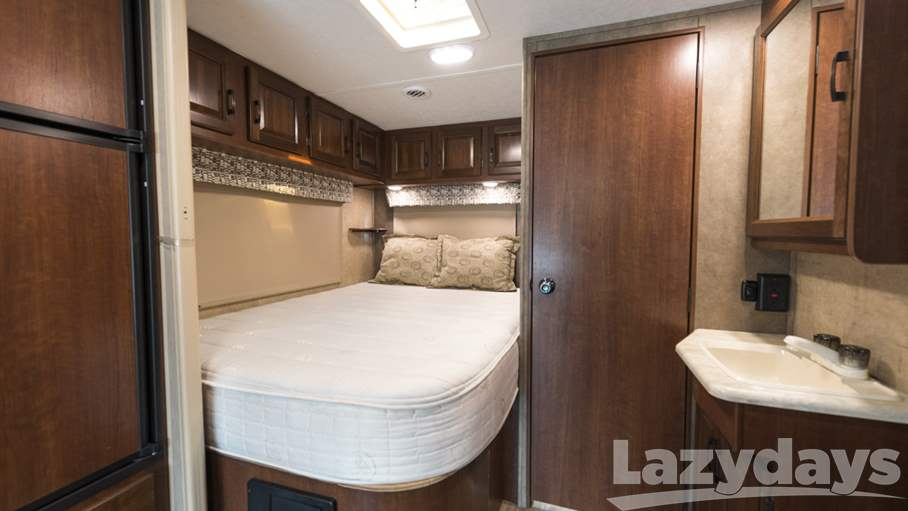 2017 Forest River  Sunseeker 2290SF