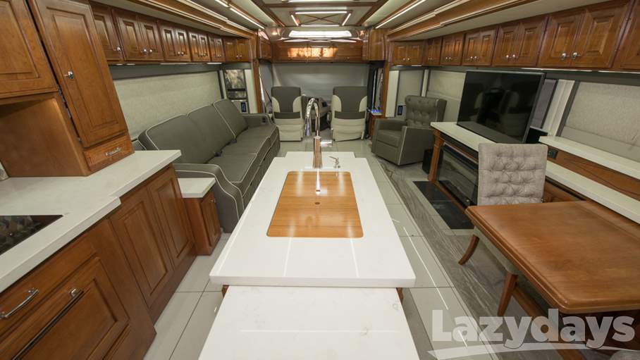 2018 Winnebago Grand Tour 45DL