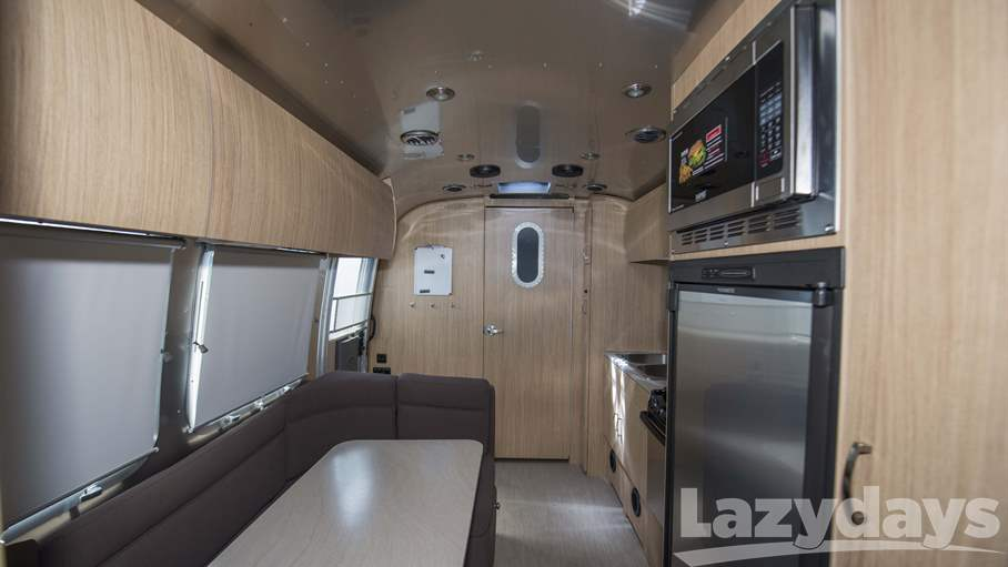 2018 Airstream  Flying Cloud 23FB
