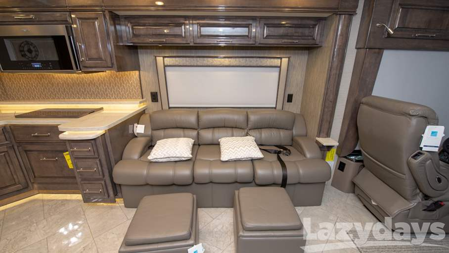 2019 Entegra Coach Aspire 44R