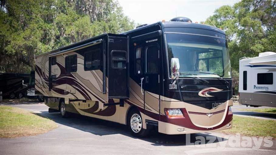 2010 Fleetwood RV Discovery 40G