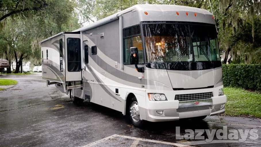 2007 Winnebago Adventurer 37B