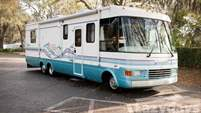 1997 National RV Dolphin