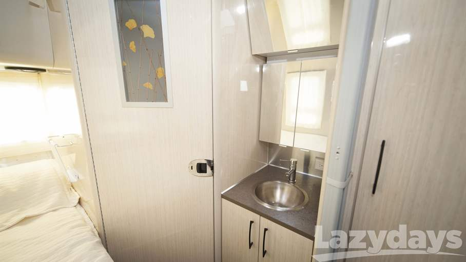 2015 Airstream International Serenity 19CNB