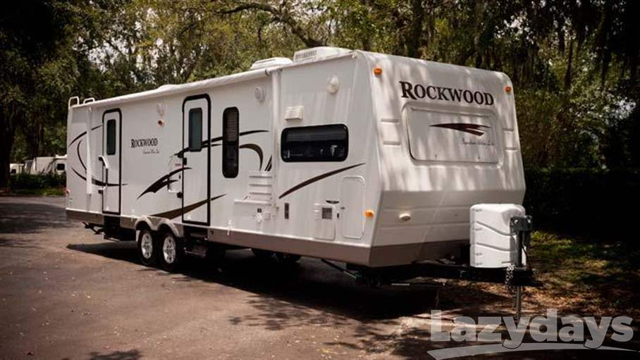 2010 Rockwood Ultralite Series 2304S