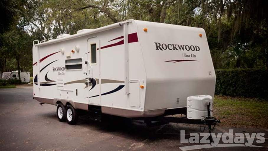 2010 Forest River Rockwood Ultra-Lite 2501SS