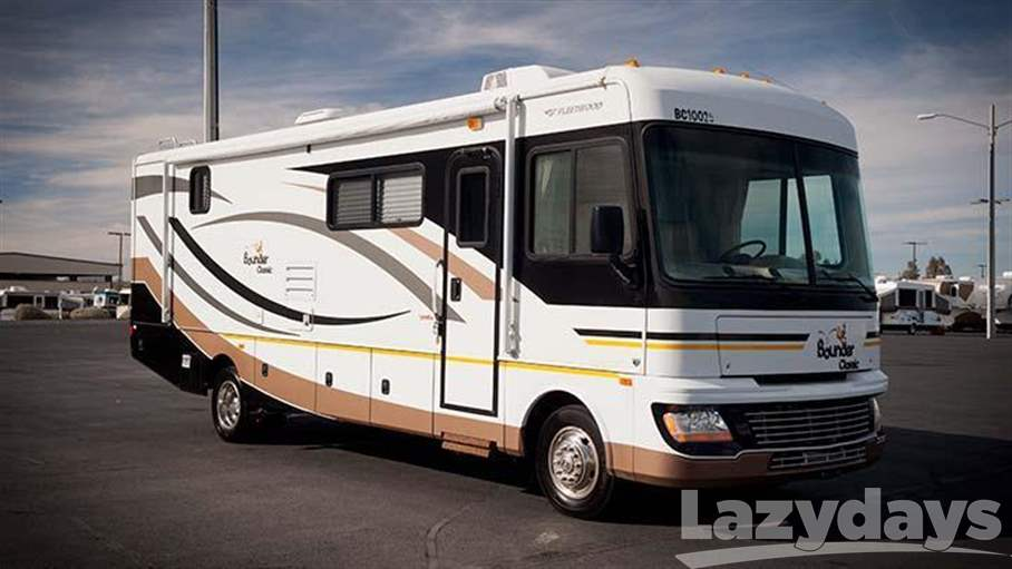 2010 Fleetwood RV Bounder Classic 35S