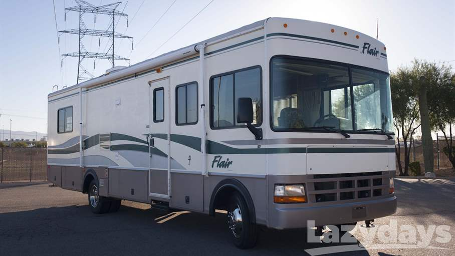 1999 Fleetwood RV Flair 30H