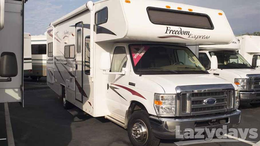2008 Coachmen Freedom Express FX26SO