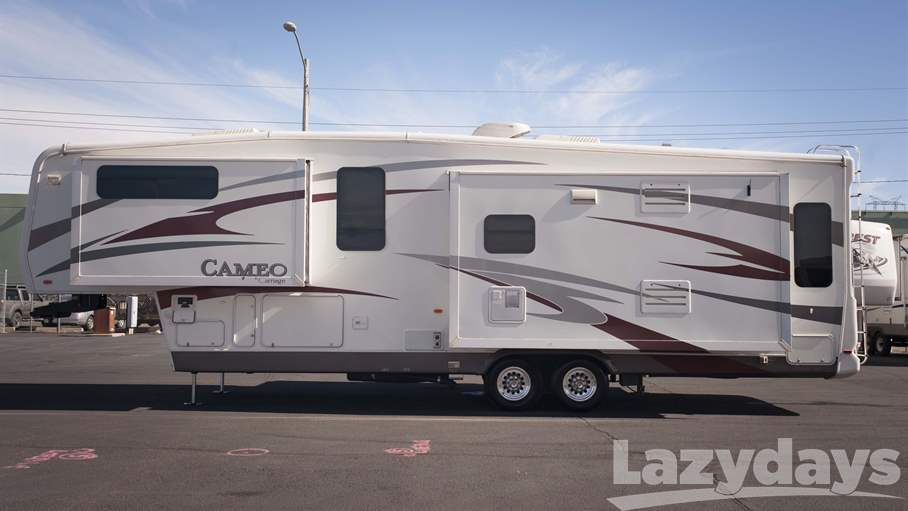 2010 Carriage Cameo F35SB3