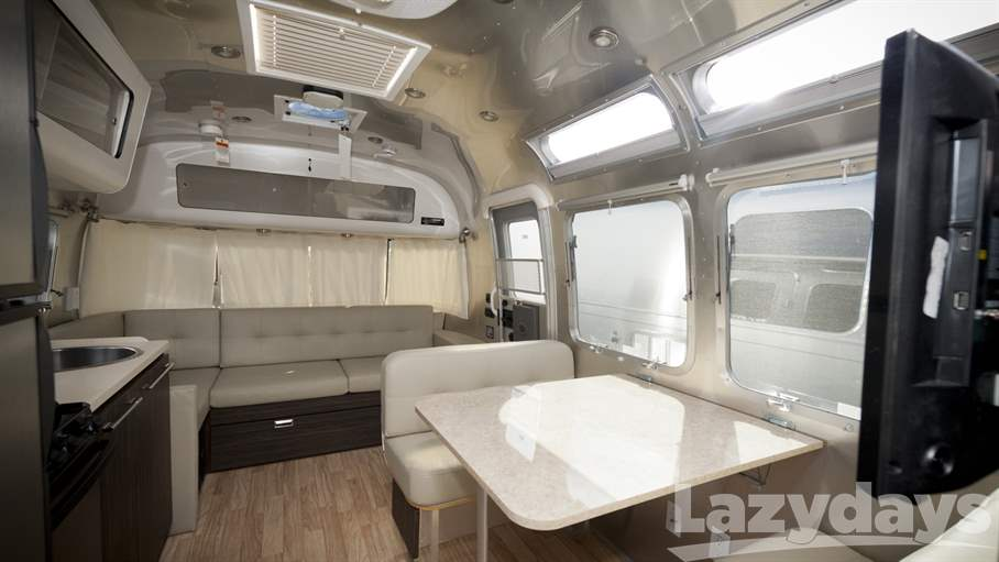2014 Airstream International Signature 28WB