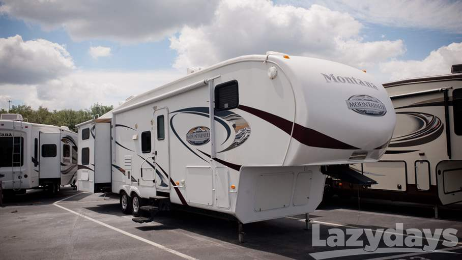 2010 Keystone RV Mountaineer 345DBQ