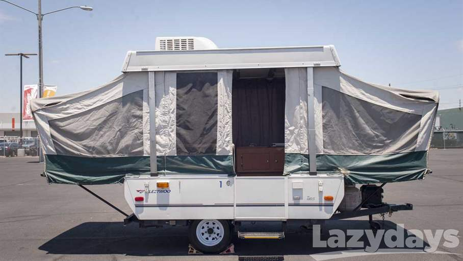 2006 Fleetwood RV Destiny TAOS