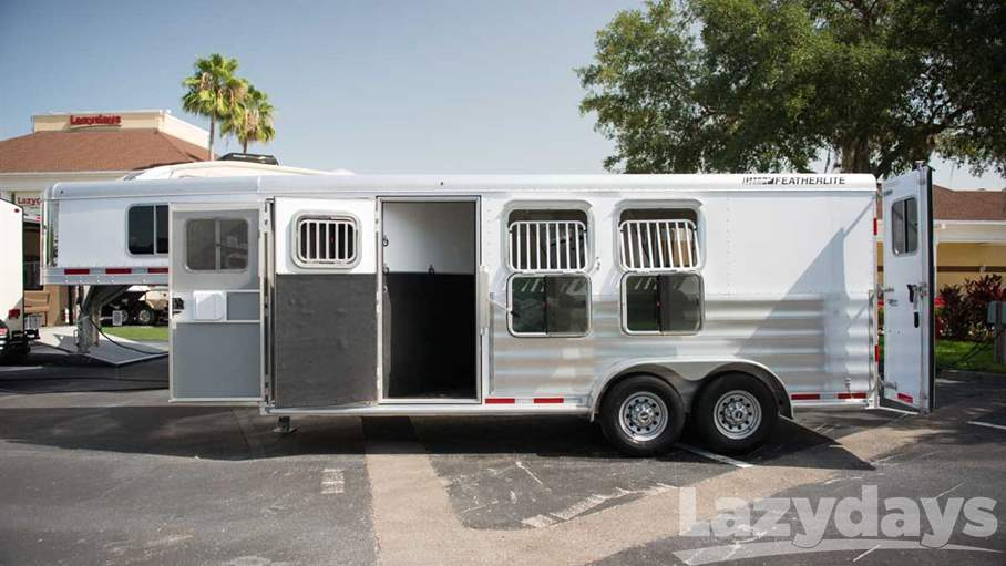 2015 Featherlite Non Living Quarters 8533