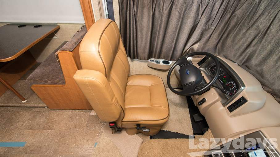 2016 Winnebago Vista 26HE