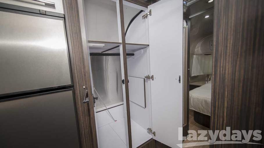 2016 Airstream International Signature 27FB