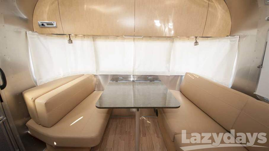 2016 Airstream Flying Cloud 25FB