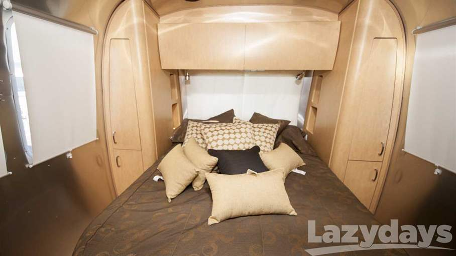 2016 Airstream Flying Cloud FC30WWB