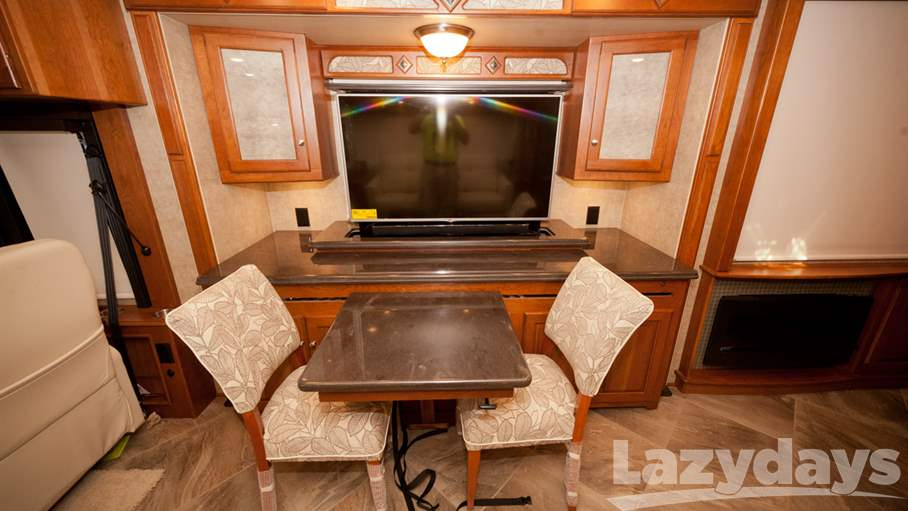 2016 Winnebago Journey 38P