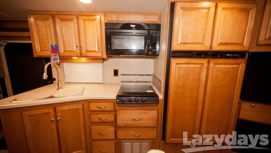 2016 Winnebago Vista 35F