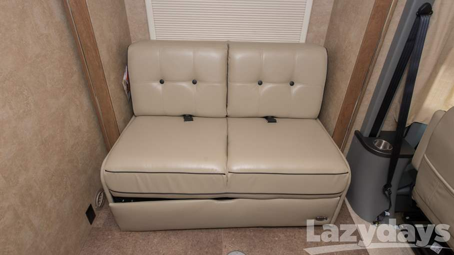 2016 Winnebago Via 25T