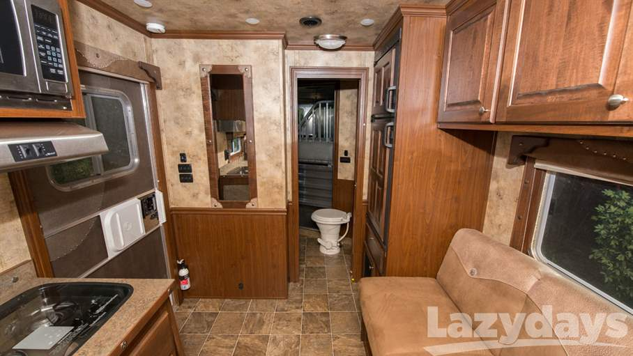 2016 Featherlite Living Quarters 8581