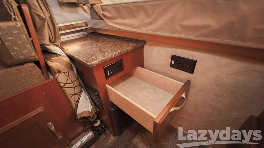 2016 Coachmen Viking 2485SST