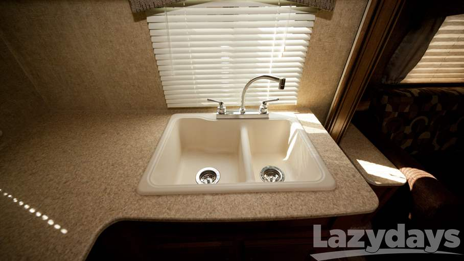 2015 Coachmen Apex 258RKS