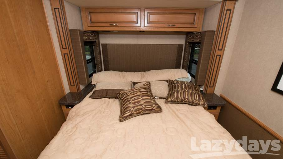 2016 Fleetwood RV Bounder 34T