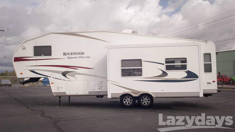 2010 Rockwood Signature Ultra Lite 8285WS