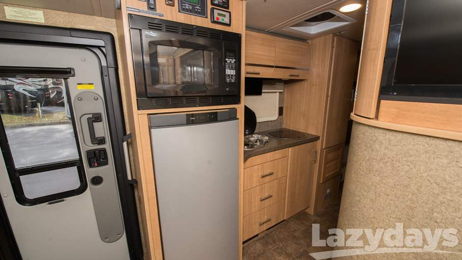 2013 Winnebago Via 25Q