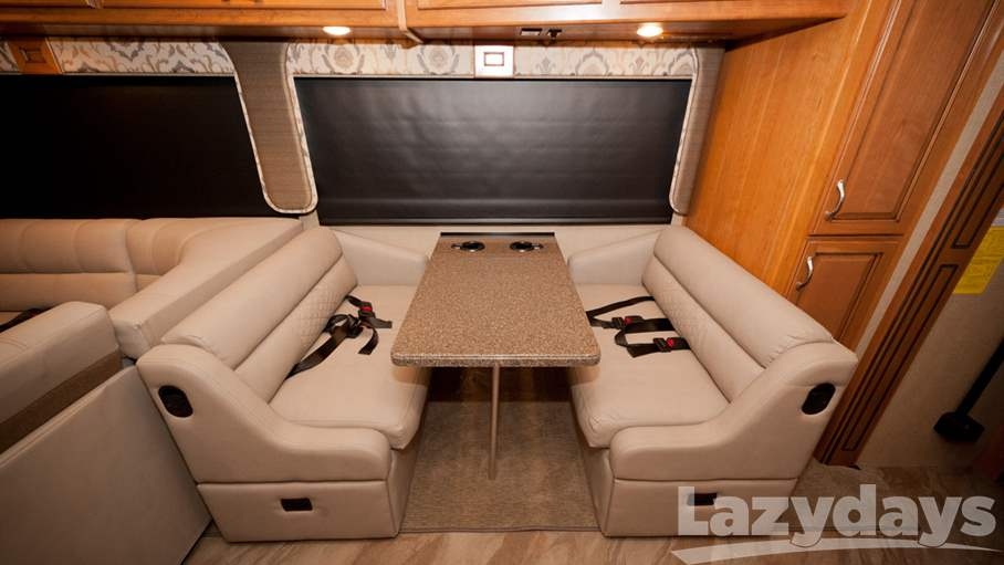 2016 Fleetwood RV Bounder 35K