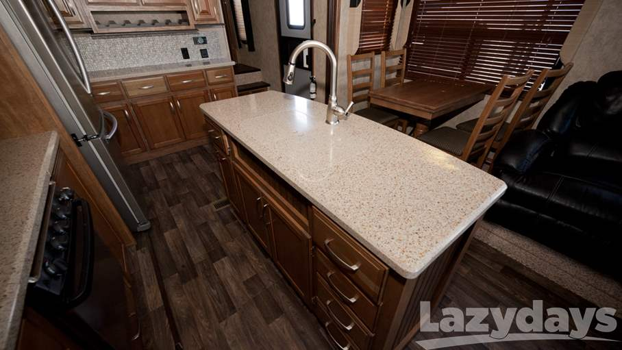 2015 Keystone RV Montana High Country 353RL