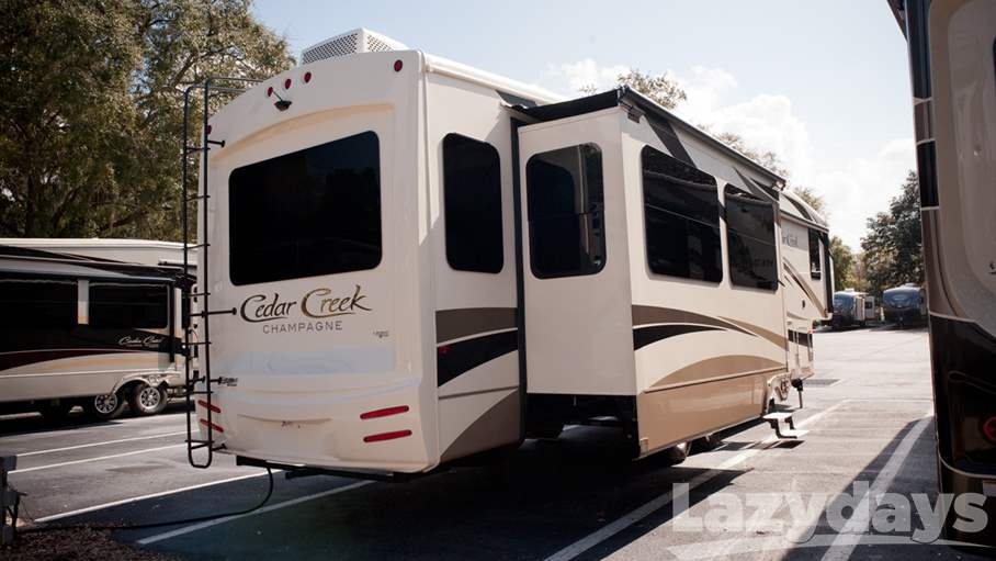 2016 Forest River Cedar Creek Champagne 38EL