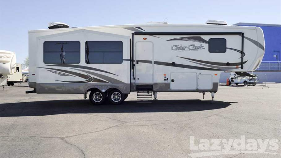 2016 Forest River Cedar Creek Silverback 31RK