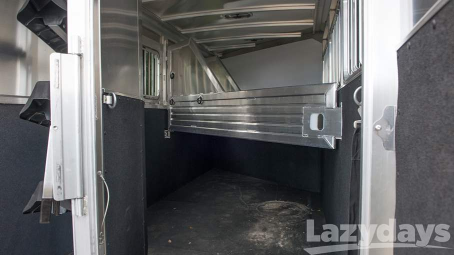 2016 Featherlite Non Living Quarters 9409