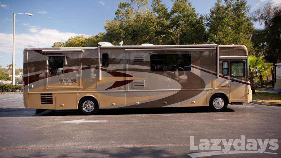 2007 Winnebago Tour 40FD