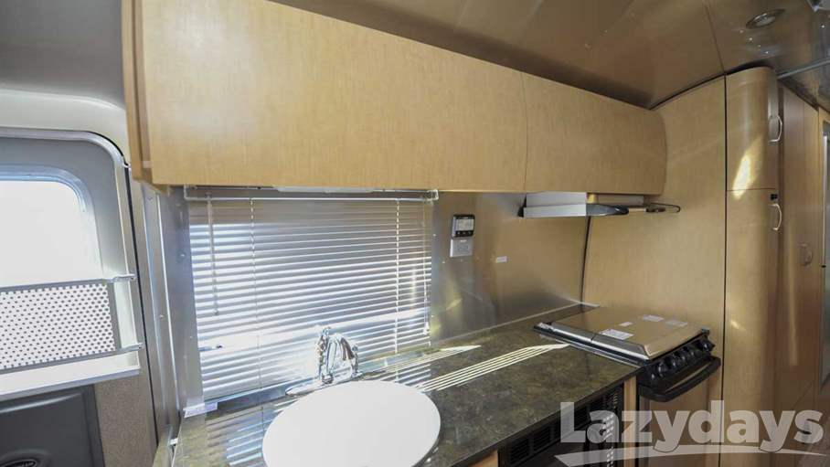2014 Airstream Flying Cloud 30FB