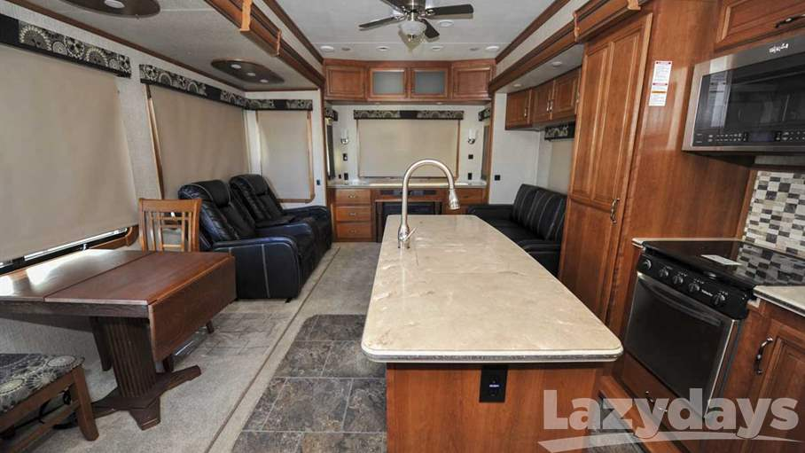 2016 Redwood RV Sequoia 38QRE