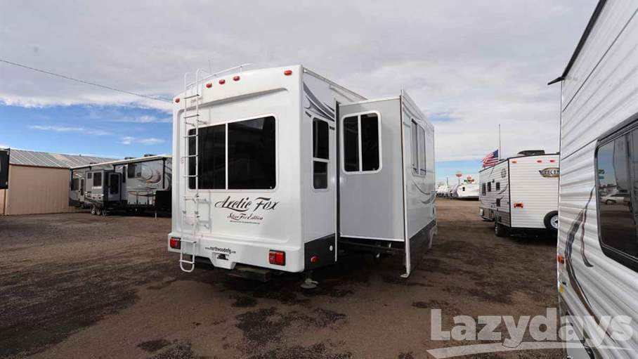 2014 Northwood Arctic Fox 32-5M