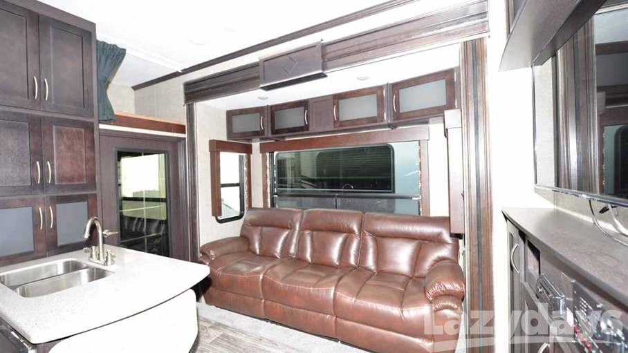 2016 Keystone RV Carbon 5th 347