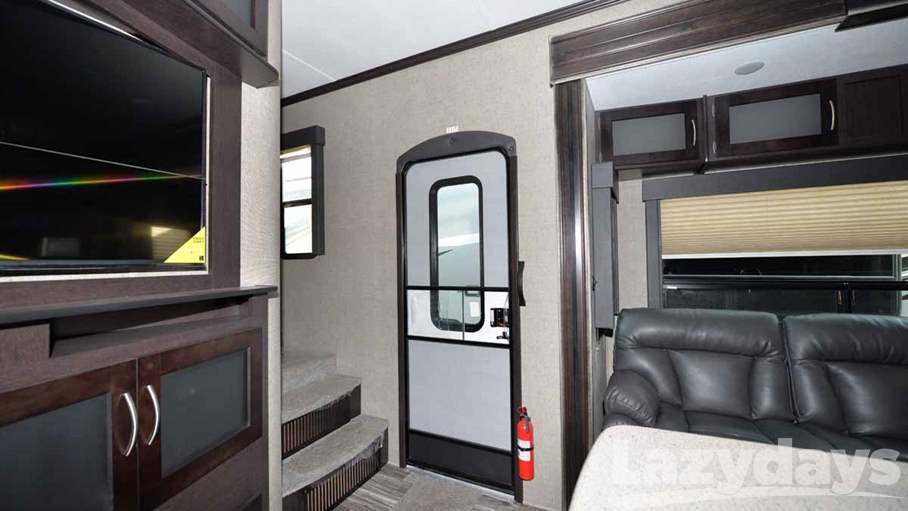 2016 Keystone RV Carbon 5th 357