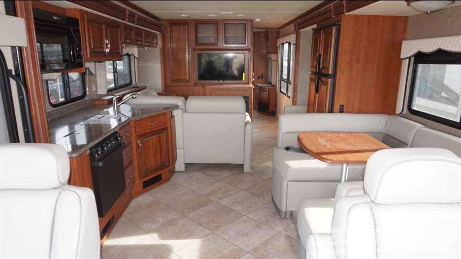 2015 Holiday Rambler Vacationer 36SB