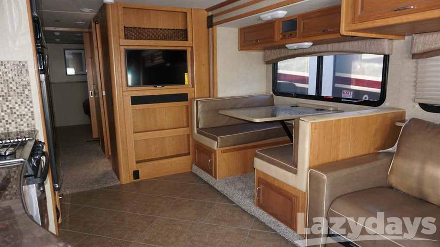 2015 Fleetwood RV Bounder Classic 34B