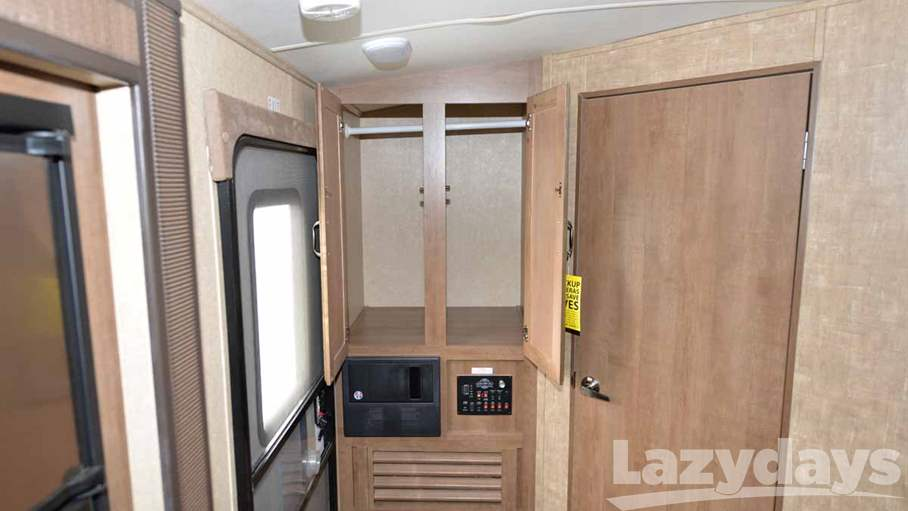 2015 Cruiser RV Fun Finder 233RBS