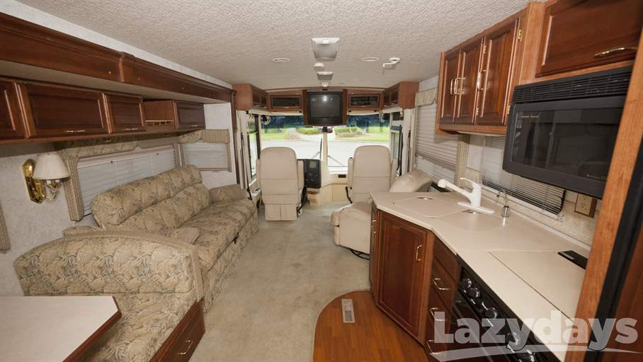 2001 Winnebago Journey DL 36GD