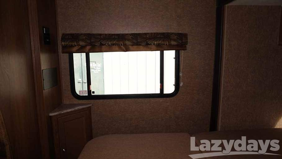 2016 Coachmen Leprechaun 260RS